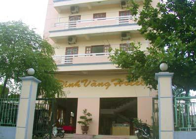 Khách Sạn Đỉnh Vàng
